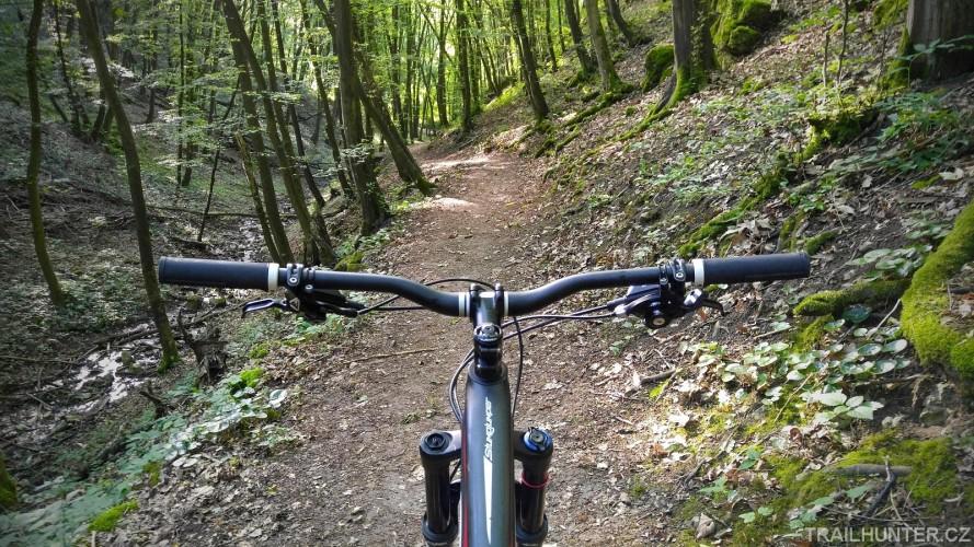 Mariánský trail: tradiční sešup do Mariánského údolí
