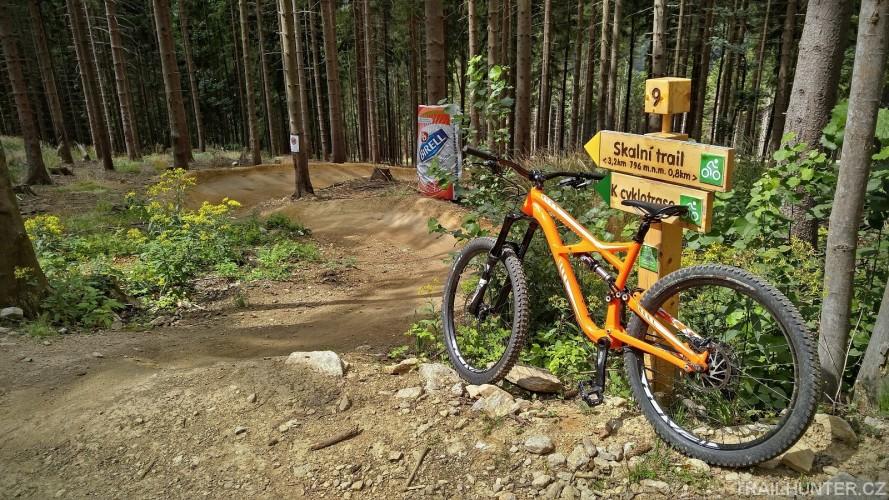 Dolní Morava: Tady se nestaví bikepark, ale single traily