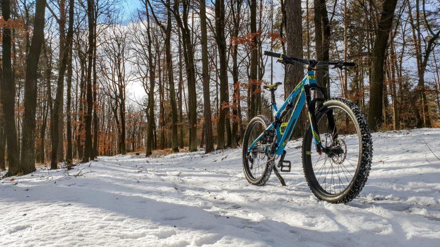 Na kole v zimě: Sníh není překážkou, ale výzvou