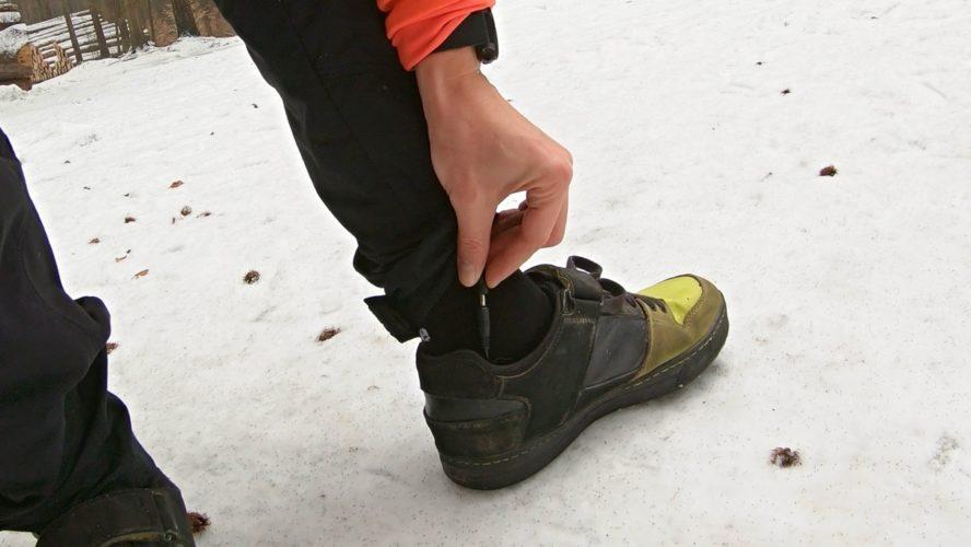 Vyhřívání do bot: Levná blbina z Číny ochrání před zmrzlými prsty na kole