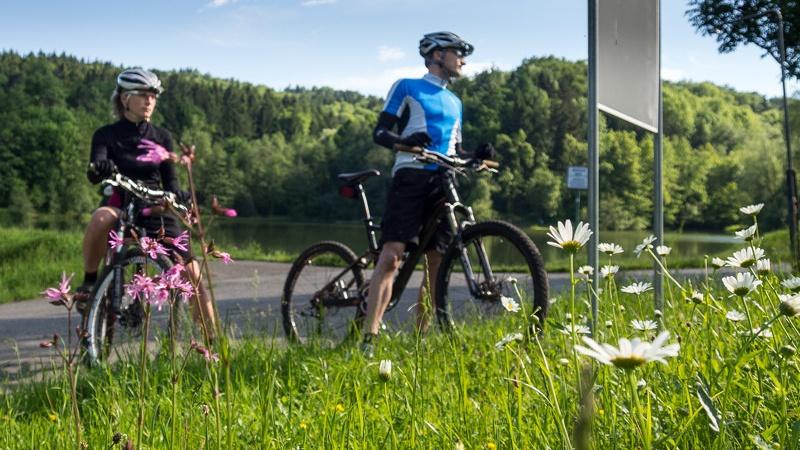 Zprovoznit legální singletraily pro horská kola není jednoduché. V Novém Jičíně by mohli vyprávět