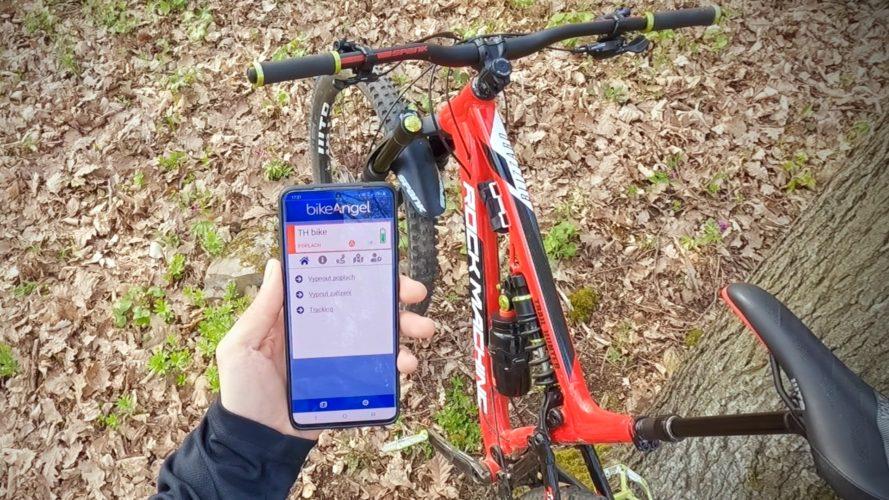 Ochrana kola s GPS: Ochrání lépe BikeAngel, nebo Trackito?