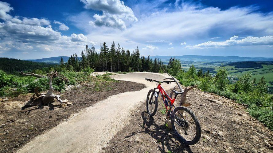 Dolní Morava: Unikátní trail park nabídne flow i pořádné skoky