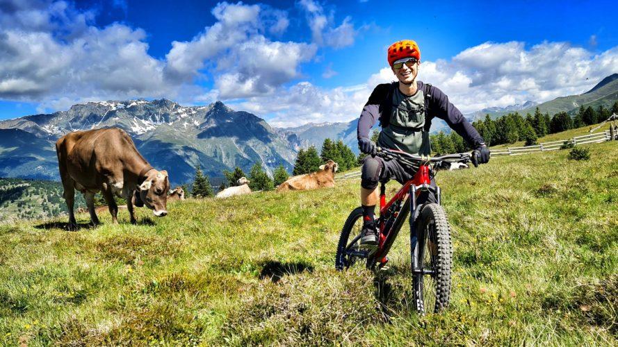 Reschenpass a 3 Länder Enduro Trails: Divoké traily ve třech zemích najednou
